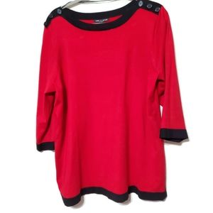 Cable & Gauge Woman red sweater with 3/4 sleeves